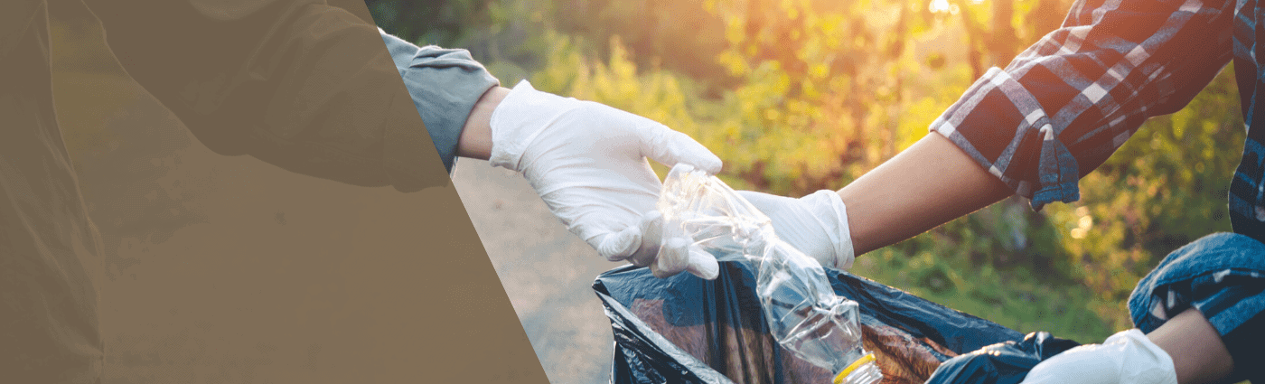 LinkedIn Banner Image example of volunteers cleaning up trash